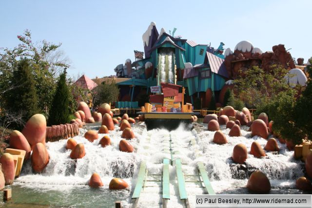 Dudley Do-Right's Ripsaw Falls®. Hop in your Log and Hang On!